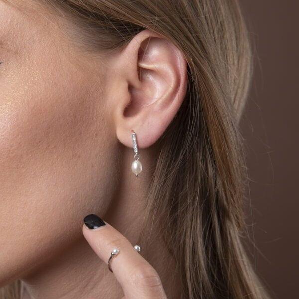 cercei argint cu perle organice mici